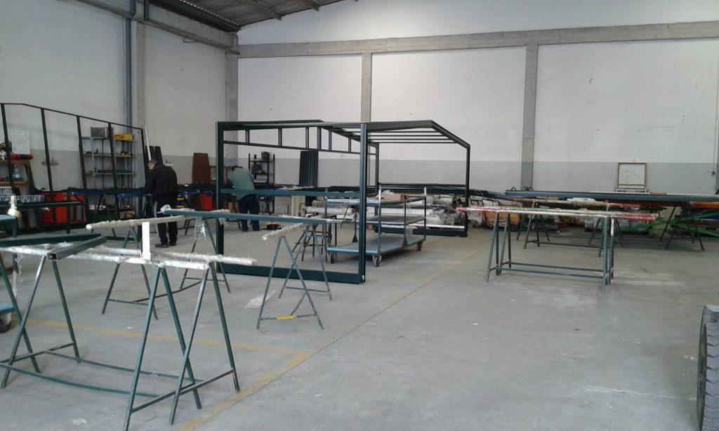 20140325_120033-1024x614 Como é a Fabricação de uma Coberturas Telescópicas de Piscinas na Indústria
